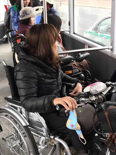 Sau 5 ngày, xe buýt nhanh BRT chở gần 54.000 lượt hành khách  - Ảnh 2.