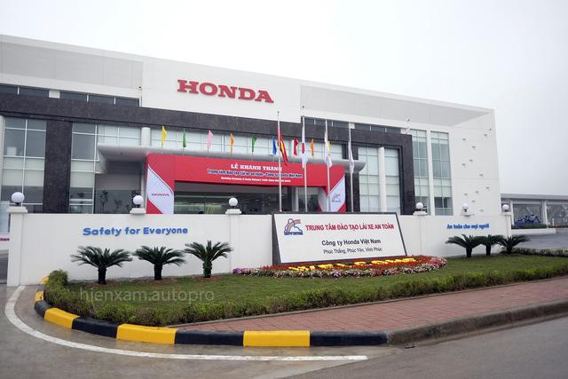 Sau 6 tháng, Trung tâm đào tạo lái xe an toàn mới của Honda Việt Nam đã khánh thành - Ảnh 1.