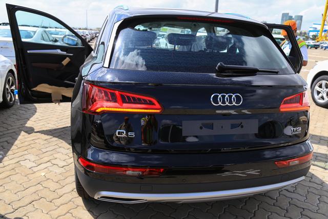 Dàn xe Audi Q5 phiên bản mới phục vụ APEC 2017 cập bến Việt Nam - Ảnh 2.