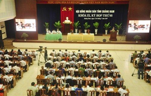 Thuế ô tô thay đổi, Quảng Nam lo hụt thu ngàn tỷ - Ảnh 1.