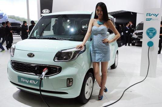 Ô tô điện Việt Nam, ra đường khó mà chạy nổi - Ảnh 2.