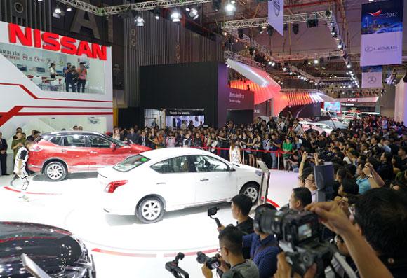 Chuyện gì đang xảy ra trên thị trường ô tô Việt Nam? - Ảnh 1.