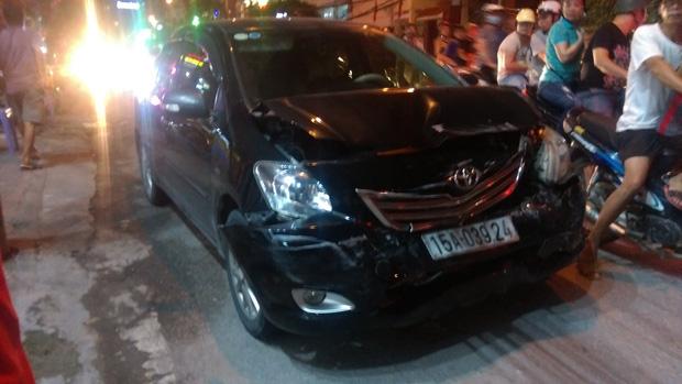 Hải Phòng: Một phụ nữ lái Mazda gây tai nạn liên hoàn - Ảnh 1.