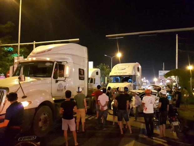 Hải Phòng: Container mất lái đâm một loạt ô tô - Ảnh 2.