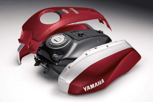 Mô tô hoài cổ Yamaha XSR700 2018 có giá 194 triệu Đồng. - Ảnh 2.