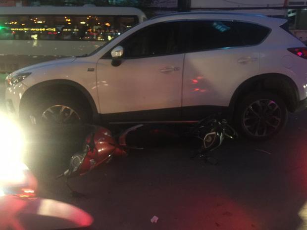 Hải Phòng: Một phụ nữ lái Mazda gây tai nạn liên hoàn - Ảnh 2.