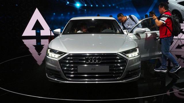 Bắt gặp sedan hạng sang cỡ lớn Audi A8L 2018 chạy ngoài đường phố - Ảnh 6.