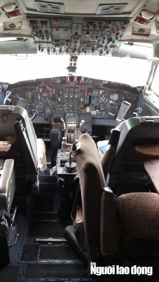 Bất ngờ với nội thất máy bay Boeing bỏ rơi 10 năm ở Nội Bài - Ảnh 7.