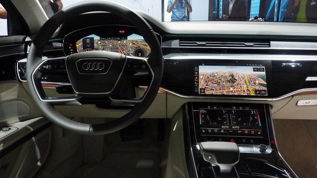 Bắt gặp sedan hạng sang cỡ lớn Audi A8L 2018 chạy ngoài đường phố - Ảnh 8.