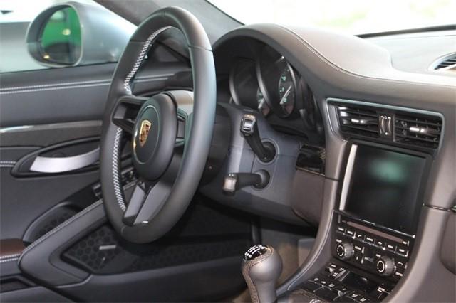 Đây là chiếc Porsche 911 R bị làm giá dễ chịu nhất trên thế giới - Ảnh 14.