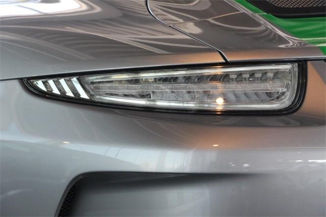 Đây là chiếc Porsche 911 R bị làm giá dễ chịu nhất trên thế giới - Ảnh 11.