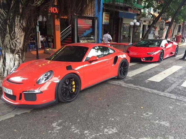 Choáng thiếu gia Hà Nội sở hữu bộ đôi Lamborghini Huracan LP580-2 và Ferrari 488 GTB - Ảnh 5.