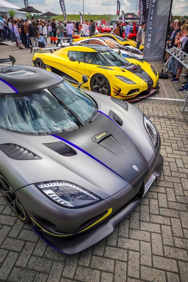 Đại tiệc siêu xe ở trường đua TT-Circuit Assen Hà Lan - Ảnh 11.