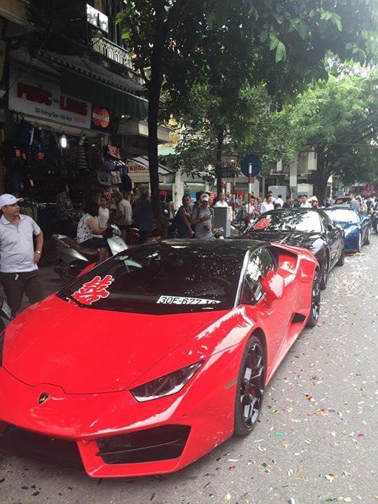 Thiếu gia Hà Nội rước dâu bằng dàn siêu xe và xe siêu sang cực khủng - Ảnh 3.