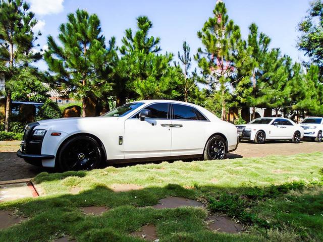 Bộ sưu tập xe Rolls-Royce của ông chủ cà phê Trung Nguyên - Ảnh 1.