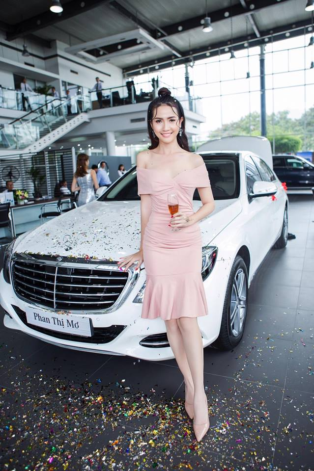 Top 5 Hoa hậu Việt Nam 2012 Phan Thị Mơ tậu Mercedes-Benz S400 trị giá 4 tỷ Đồng - Ảnh 1.