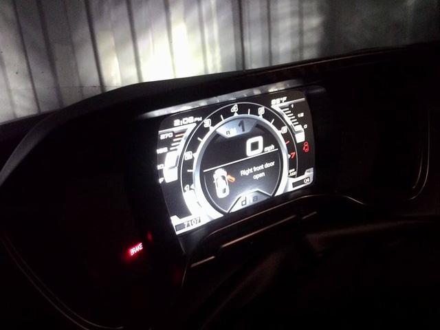 Hàng hiếm Alfa Romeo 4C Launch Edition độc nhất Việt nam rao bán 4 tỷ Đồng - Ảnh 4.