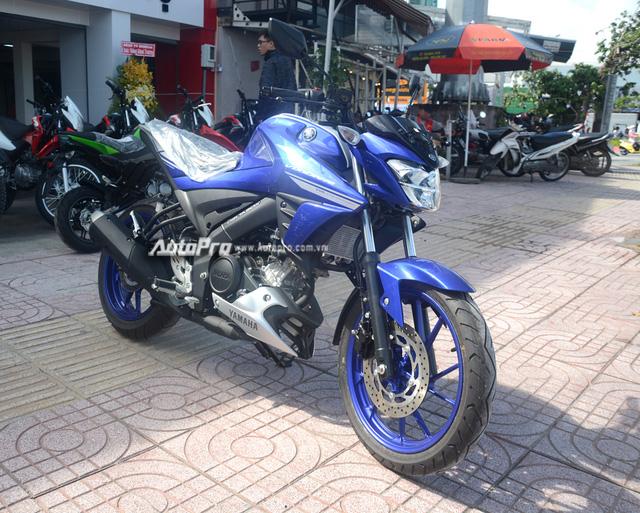 Cận cảnh lô xe côn tay Yamaha V-Ixion R 2017 mới về Việt Nam, giá hơn 70 triệu Đồng - Ảnh 5.