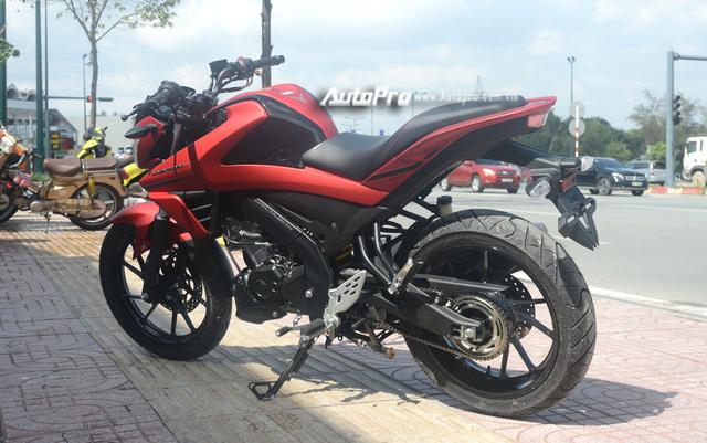 Cận cảnh lô xe côn tay Yamaha V-Ixion R 2017 mới về Việt Nam, giá hơn 70 triệu Đồng - Ảnh 12.