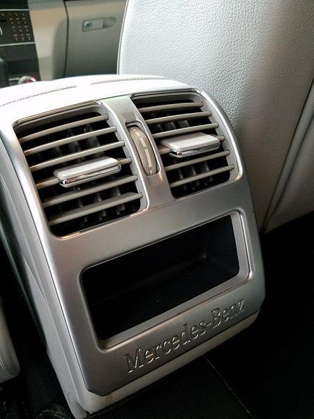Mercedes-Benz GLK300 2010 lăn bánh hơn 54.000km rao bán lại giá 745 triệu đồng - Ảnh 11.