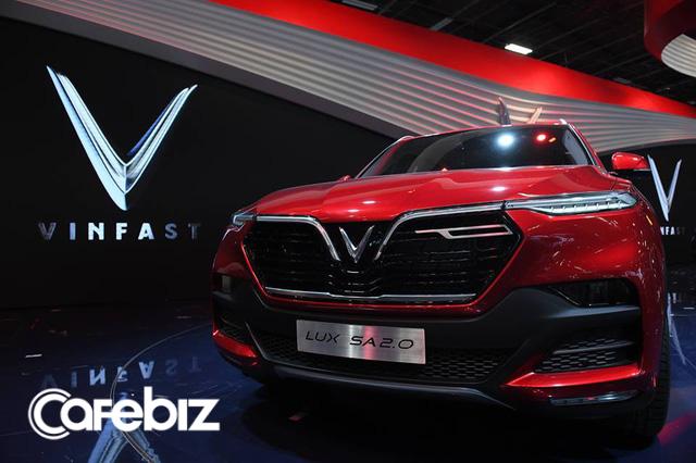 """Trả lời câu hỏi """"sản phẩm hay truyền thông có trước"""", Shark Vương lấy ví dụ VinFast, Vinaxuki, Thaco và khẳng định: Khi xe VinFast ra đời chắc chắn tôi sẽ mua! - Ảnh 2."""