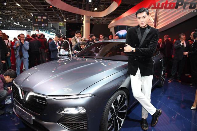 Ảnh: David Beckham cùng Hoa hậu Việt Nam 2018 Trần Tiểu Vy bên cạnh cặp đôi xe VinFast tại Paris - Ảnh 19.