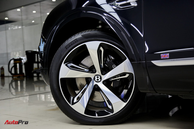 Khám phá Bentley Bentayga First Edition hàng hiếm tại Việt Nam - Ảnh 4.