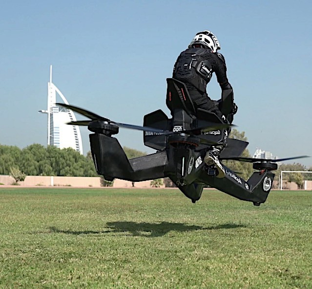Sau siêu xe, cảnh sát Dubai còn được sử dụng mô tô bay như phim viễn tưởng - Ảnh 3.