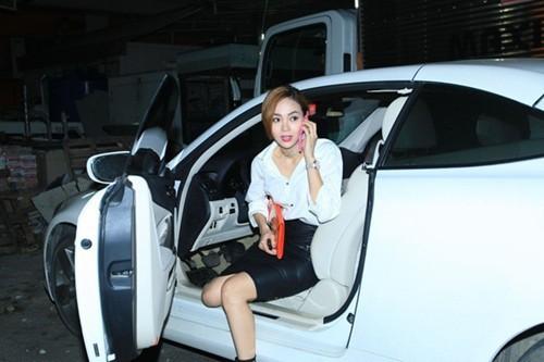 Sao Việt và bộ sưu tập siêu xe đắt đỏ: Người tậu 3-4 cái, người mua xe gần 20 tỷ đồng! - Ảnh 28.