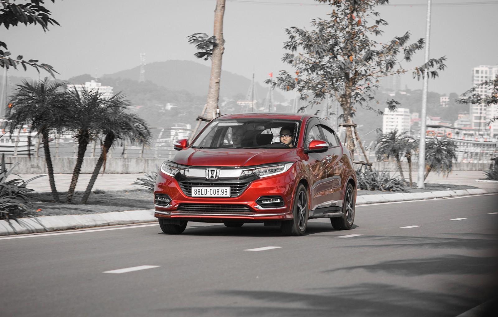 Đánh giá Honda HR-V: Thực dụng kiểu Nhật, đồ chơi kiểu Hàn và cách chiều lòng sự khó hiểu kiểu người Việt - Ảnh 23.