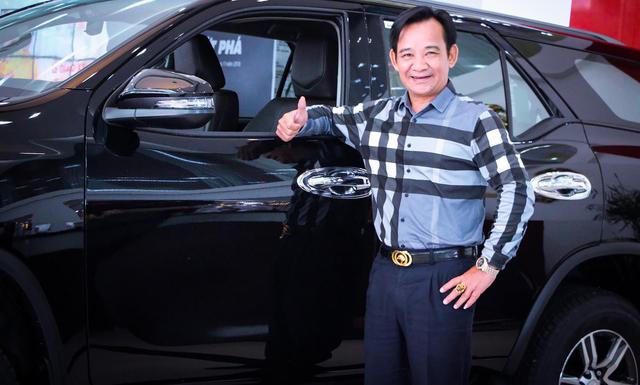 Chán Nissan X-Trail, danh hài Quang Tèo tậu Toyota Fortuner chơi Tết - Ảnh 4.