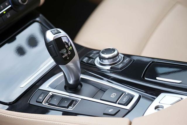 BMW 520i – Audi A6 2016: đi chưa đến 20.000km, xe nào giữ giá hơn? - Ảnh 11.