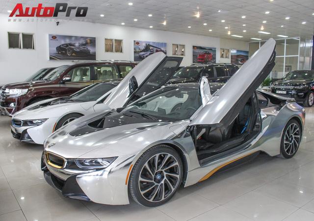 BMW i8 dán decal chrome bạc độc nhất Việt Nam rao bán lại giá 3,9 tỷ đồng - Ảnh 24.