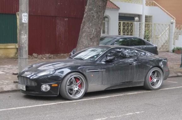 Điểm mặt những mẫu xe của Aston Martin đang lăn bánh tại Việt Nam - Ảnh 5.