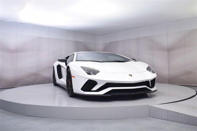 "Gia Lai Team bổ sung một ""siêu bò"" Lamborghini Aventador S - Ảnh 3."