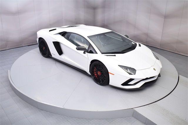 "Gia Lai Team bổ sung một ""siêu bò"" Lamborghini Aventador S - Ảnh 1."
