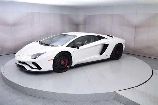 "Gia Lai Team bổ sung một ""siêu bò"" Lamborghini Aventador S - Ảnh 4."