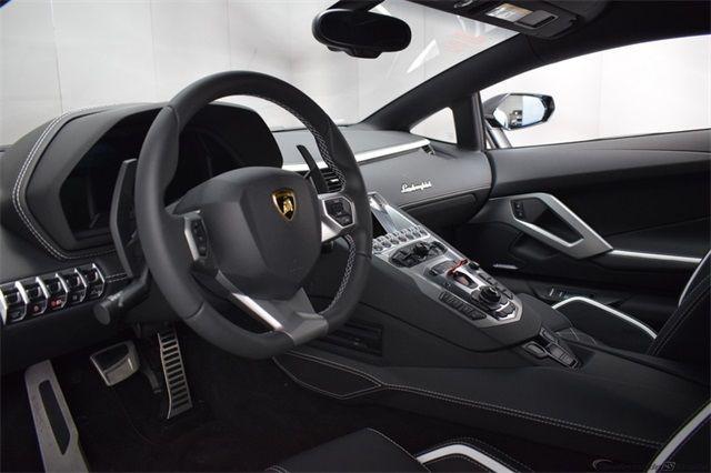 "Gia Lai Team bổ sung một ""siêu bò"" Lamborghini Aventador S - Ảnh 7."