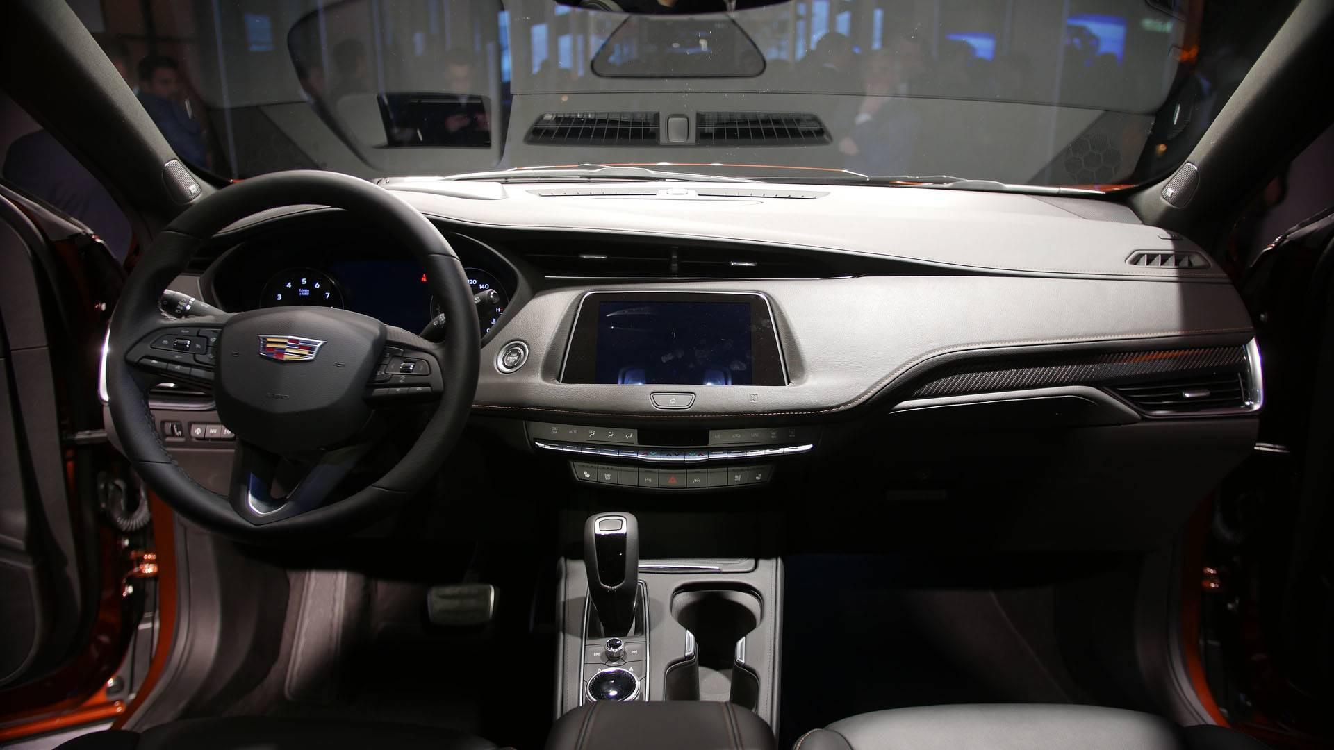 Cadillac XT4 2019 lộ diện hoàn toàn tại New York Auto Show ...