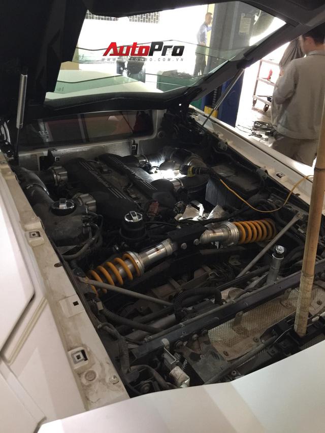 Sửa siêu xe Lamborghini kiểu Việt Nam - Chuyên gia cũng phải giật mình - Ảnh 5.