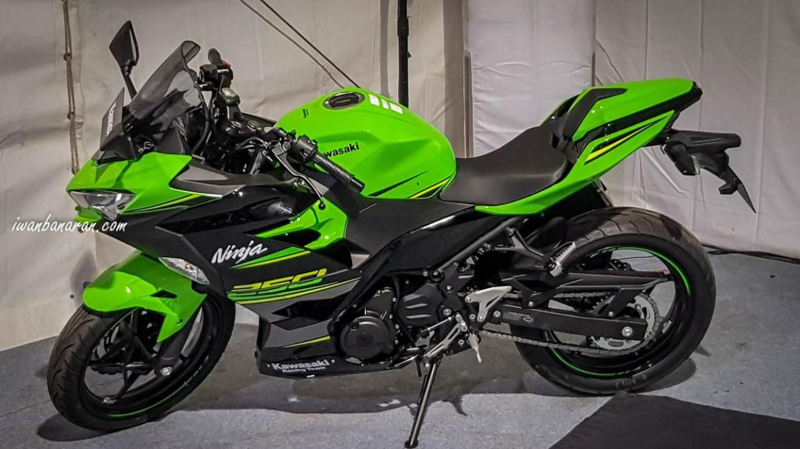 Kawasaki Ninja 250 Abs 2018 Sắp Về Việt Nam Giá 139 Triệu đồng
