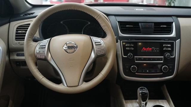 Cạnh tranh Toyota Camry, Nissan Teana nhập khẩu giảm giá gần 300 triệu đồng chỉ sau 3 tháng - Ảnh 9.