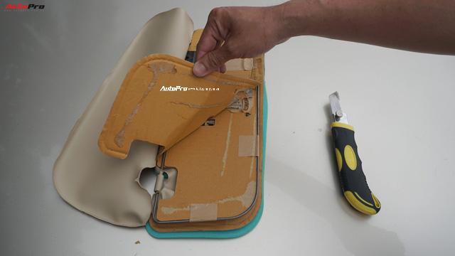 Tự phá tấm che nắng Toyota Vios: Khung sắt, 2 lớp mút và 3 tấm bìa carton - Ảnh 2.