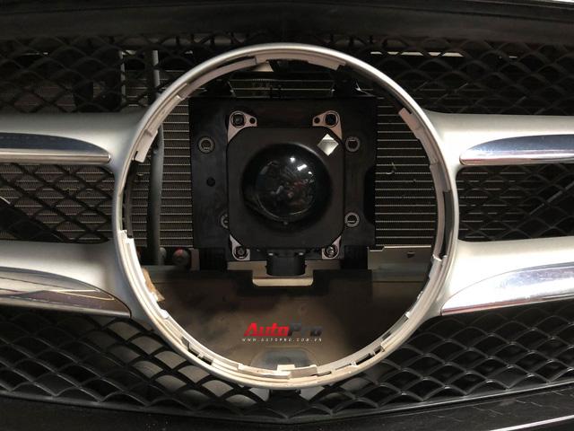 Cách lắp đặt hệ thống kiểm soát hành trình chủ động Distronic Plus trên xe Mẹc với giá 80 triệu đồng - Ảnh 6.