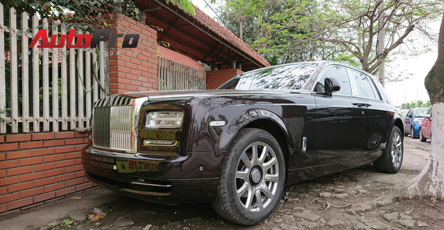 Bộ đôi Lamborghini Aventador độ khủng và Rolls-Royce Phantom chưa biển dạo chơi tại Hải Phòng - Ảnh 11.