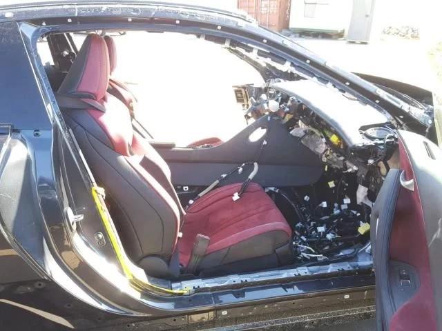 Chiếc Lexus bị luộc sạch đồ rao bán với giá hơn 20.000 USD khiến cộng đồng mạng tranh cãi - Ảnh 2.