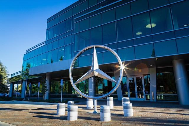 10 thương hiệu ô tô đắt giá nhất thế giới - Ảnh 2.
