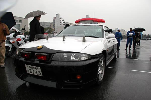 Đại gia bí ẩn tặng Nissan GT-R cho lực lượng cảnh sát Nhật Bản - Ảnh 8.
