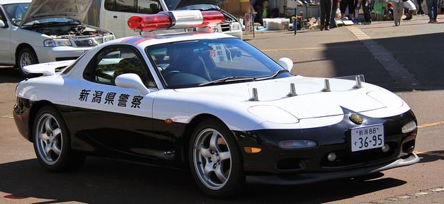 Đại gia bí ẩn tặng Nissan GT-R cho lực lượng cảnh sát Nhật Bản - Ảnh 10.