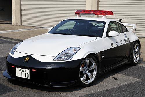 Đại gia bí ẩn tặng Nissan GT-R cho lực lượng cảnh sát Nhật Bản - Ảnh 11.